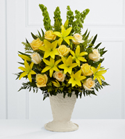 The FTD� Golden Memories� Arrangement