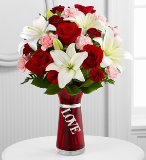 The FTD® Expressions of Love™ Bouquet
