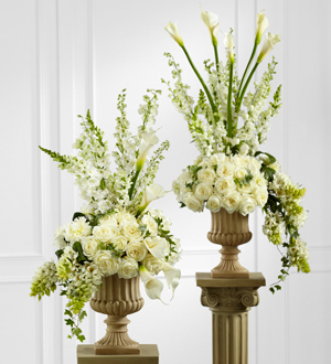 The FTD� Classic White� Arrangement