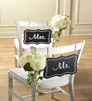 The FTD® Notions™ Chair Décor