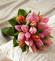 Le Bouquet FTD® Embracable™