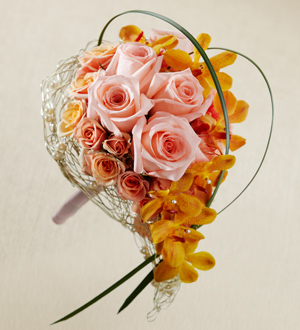 The FTD® Peach Waterfall™ Bouquet