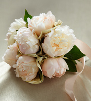 The FTD� Simple Sophistication� Bouquet