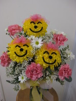 Make Um Smile Bouquet