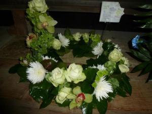 wreath urn