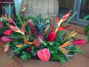 Tropical island breeze arrangement