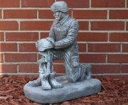Kneeling Soldier Tribute