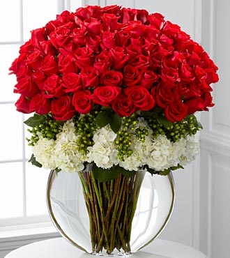 LUXURY RED ROSES ARRANGEMENT