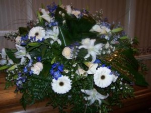 Pequa White and Blue Casket Cover