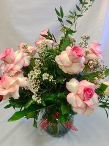 Pequa Valentine\'s Day Esperanza Roses