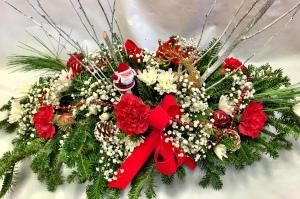 Pequa Christmas Centerpiece 1