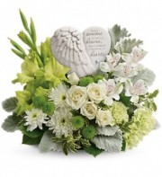 Teleflora's Hearts In Heaven Bouquet
