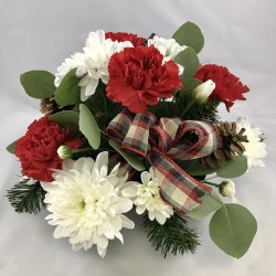 Small Red and White Holiday Rustic Centerpiece