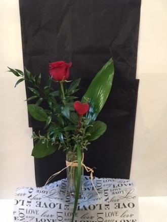 Neils Flowers And Greenhouses Ltd One Rose Heart Kingston