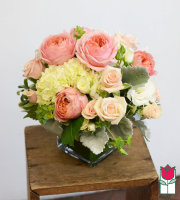 NEW ITEM: Beretania's Lauren Garden Rose Bouquet - (special advance order)