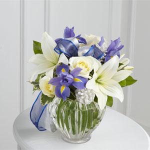 The FTD® Miracle\'s Light™ Hanukkah Bouquet