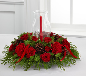 he FTD® Holiday Traditions Candle™ Centerpiece