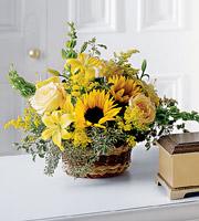 The FTD® Flowing Garden™ Bouquet