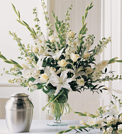 The FTD® Traditional Victorian™ Bouquet