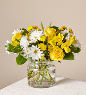 The FTD® Sunny Sentiments™ Bouquet