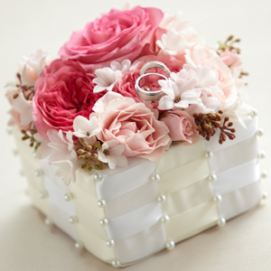 The FTD® Flower Jeweled™ Ring Box