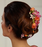 The FTD® Flowers-N-Frills™ Hair Dйcor