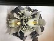 DOUBLE MINIATURE CYMBIDIUM WRISTLET