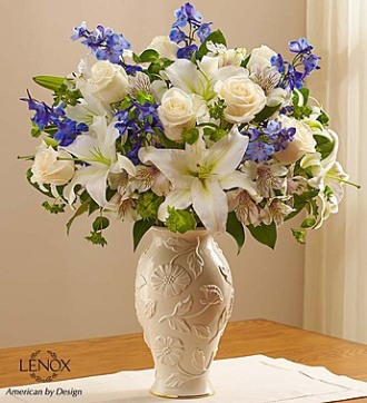 LOVING BLOOMS BLUE AND WHITE