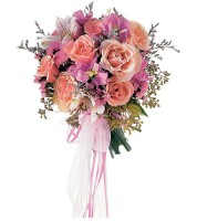 Pretty As A Picture Presentation Bouquet