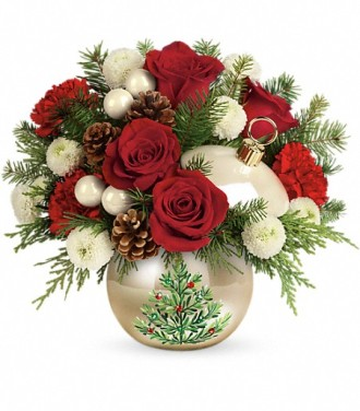 Teleflora\'s Twinkling Ornament Bouquet