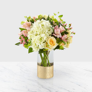 The FTD® Simply Gorgeous™ Bouquet