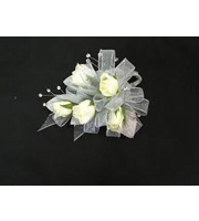 White Sweetheart Rose With Pearls & Bow