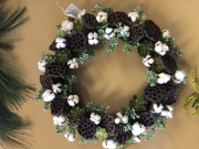 Cotton-succulent wreath