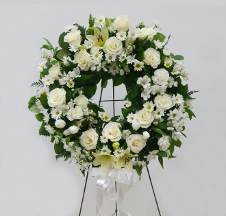 FG_White Thoughtful Wreath