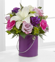 PCL 	The FTD® Color Your Day With Beauty™ Bouquet