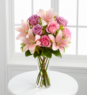 The FTD® Farewell Too Soon™ Bouquet - Cleveland Ohio