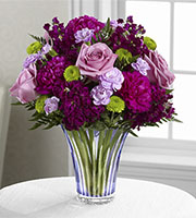 The FTD® Timeless Traditions™ Bouquet