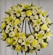 White Mixed Wreath 3CMH