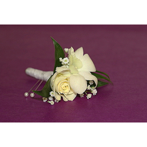 Sweet Sparkle Boutonniere