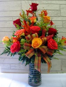 FALL DOZEN ROSES ARRANGED
