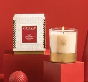 Votivo Red Currant Holiday 10oz Candle