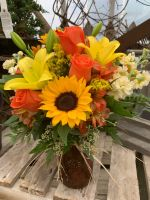 FALL SUNFLOWERS IN DAISY VASE