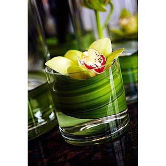 Elegant & Simple Orchid Bqt