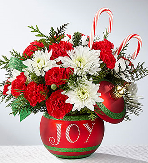 The FTD® Season\'s Greetings™ Bouquet