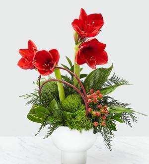 The FTD® Striking Elegance™ Bouquet