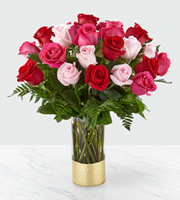 The FTD® Love & Roses™ Bouquet