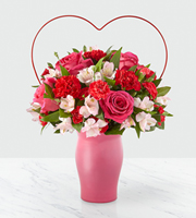 The FTD® Sweet & Swooning™ Bouquet
