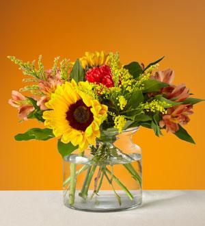 The FTD® Sunnycrisp Bouquet