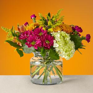 The FTD® Crisp & Bright Bouquet