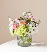 The FTD® Flutter By Bouquet
